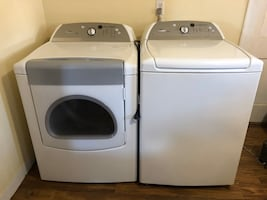 Whirlpool Cabrio washer and dryer set