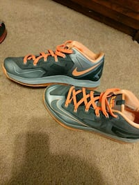 Nike lebron 11 low size 10 Lincoln, 68521