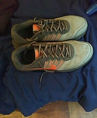 pair of gray-and-yellow Nike basketball shoes North Las Vegas, 89031