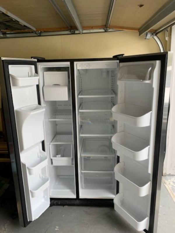 26 Cu Ft cubic fridge  5