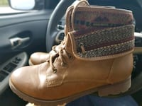 Ladies combat boots size 8 Lexington