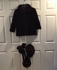 2 identical GAP girl's faux fur winter coats w/matching accessories Wall Township, 07719
