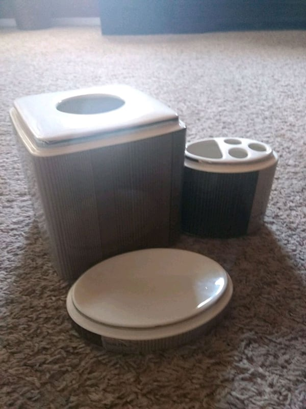 Used Nautica Bathroom Set For In