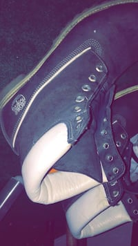 Pair of black-and-white timberlands size 11 Des Moines, 50316