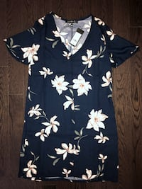 XS Dynamite Shift Floral Dress