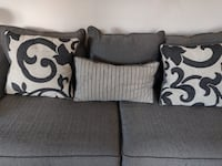 Two gray and black throw pillows Dublin, 43016