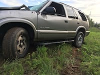 Wrecked 4wd Chevy blazer for parts Tuskegee, 36083