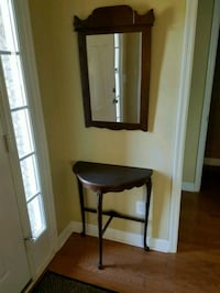 Antique half moon console table and mirror. Knoxville, 37922
