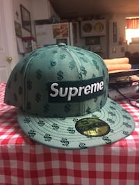 NEW supreme hat verified with bag Farmington, 63640