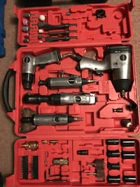 Craftsmen power tool set