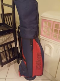 blue and red Wilson golf bag