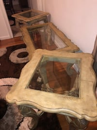 Gorgeous coffee table and side tables  Saint Louis, 63125