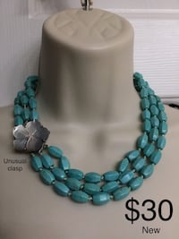 NEW Turquoise Necklace with Unusual flower clasp Chesapeake, 23320
