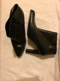 Pair of black leather heeled ankle booties Fort Washington, 20744
