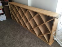 Wooden wine rack Reston