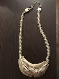 silver-colored chain necklace 3738 km