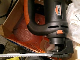Router with circle cutter