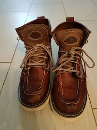 Mens size 8 Dickies boots Guelph, N1E 3T3