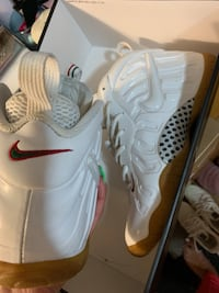 White Gucci foams  Markham, L3R