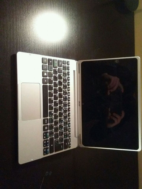 Acer aspire switch 10 silver