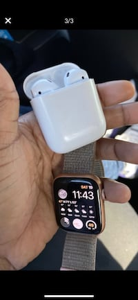 Apple Watch Series 4 44m & Air Pods  Temple Hills, 20748