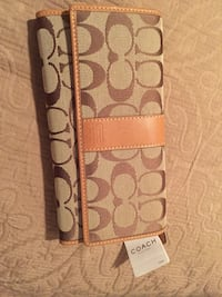 Authentic Coach Wallet Hartford, 06106