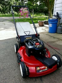 Toro Recycler Self Propelled Lawnmower W/Bag  Aurora, 60505