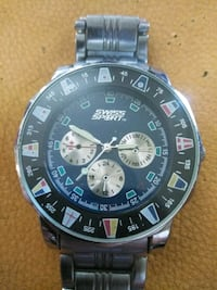 round black chronograph watch with link bracelet St. Louis, 63111