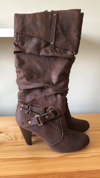 Sz 7 Brown Shi by Journeys Boots