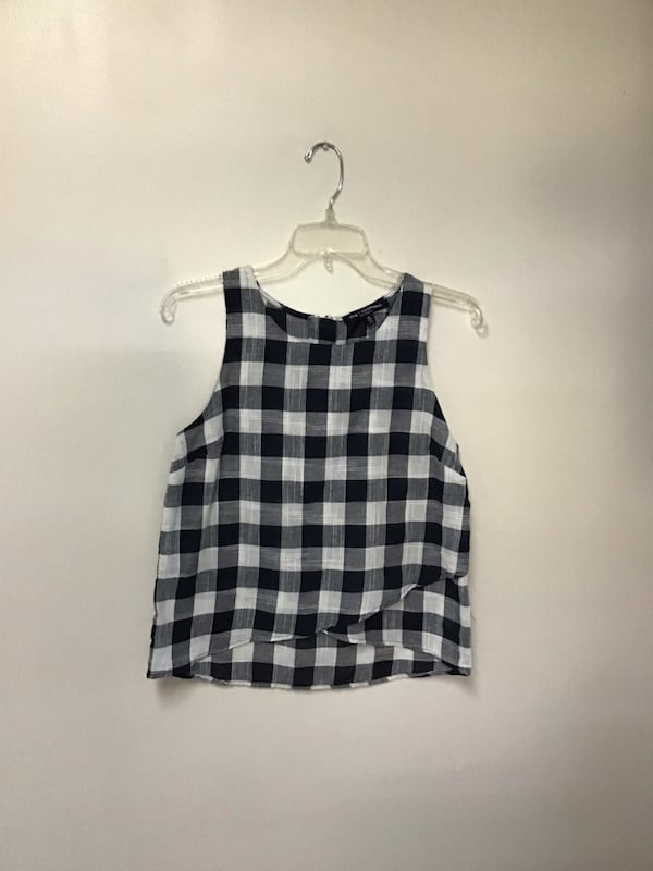Junior ONE CLOTHING navy & white sleeveless top with back zipper-small b53dc74a-b9f1-4eed-b0ac-3cb0612ff012