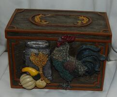 Rooster recipe box .