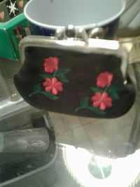 black and pink floral kisslock wallet