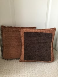 New accent pillows Kitchener, N2R 0B5