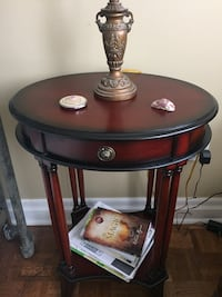Bombay -night table/side table