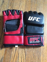 UFC gloves Chatham, N7L 2Z3