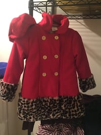 Girls size 6 coat and hat Calgary, AB T2W 1C2, Canada