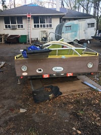 I'm selling utility trailer