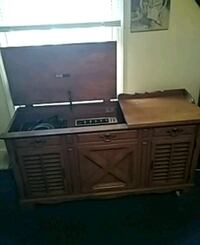 black and gray microwave oven Louisville, 40203