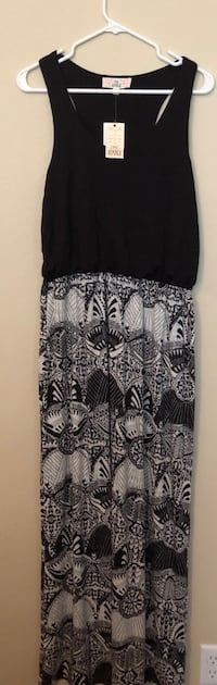Brand New with Tags Woman's Dress Size L.  Adorable! Harker Heights, 76548