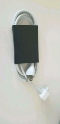 Apple power cord extenssion Kitchener, N2P