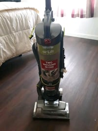 PRICE DROP! Hoover Airlift Light Vacuum Cleaner