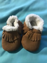 Brand new baby moccasins insulated Calgary, T3K 3K6