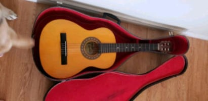 Acoustic Guitar child size