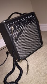 Black and gray guitar amplifier Barrie, L4N 7Z5