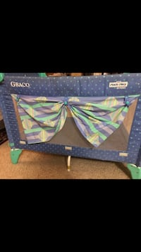 blue and green floral travel cot Arlington, 22206
