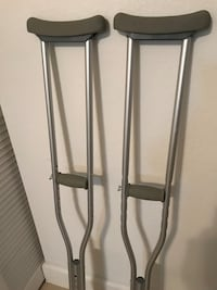 Crutches, never used