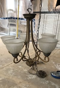 5 Light Chandelier  Pickering, L1V