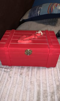 Box with anchor on it