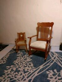 Two super cute solid oak rocking chairs asking 70 for the 2 if them St. Cloud, 56301
