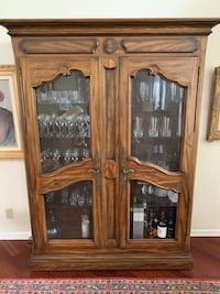 Wood/Glass Display Cabinet/Showcase/Armoire Weston
